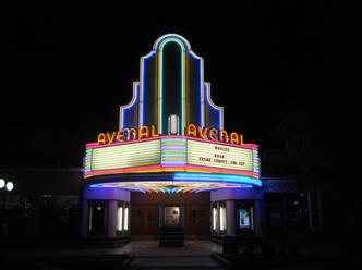 Avenal_Theater_at_Night